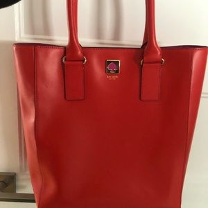 Large All Leather Kate Spade bag. Gorgeous!